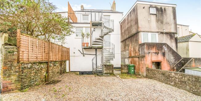 Offers Over £120,000, 2 Bedroom Flat For Sale in Plymouth, PL1