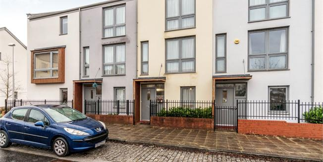 Guide Price £190,000, 4 Bedroom Terraced House For Sale in Plymouth, PL1