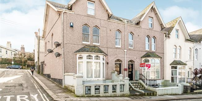 Guide Price £80,000, 1 Bedroom Flat For Sale in Plymouth, PL4
