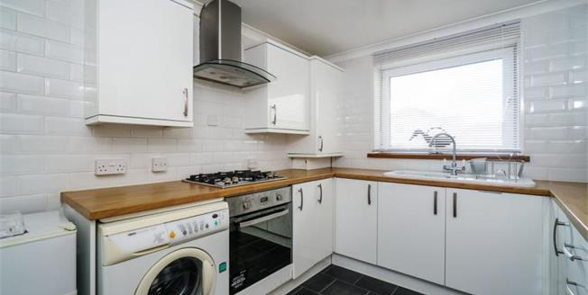 Guide Price £85,000, 3 Bedroom Maisonette For Sale in Plymouth, PL1