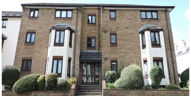 Guide Price £90,000, 2 Bedroom Flat For Sale in Plymouth, PL4