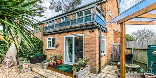 Offers Over £230,000, 1 Bedroom End of Terrace House For Sale in Portslade, BN41