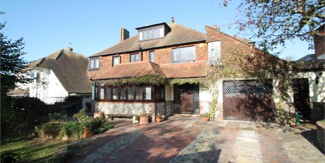 Guide Price £950,000, 5 Bedroom Detached House For Sale in Rottingdean, BN2