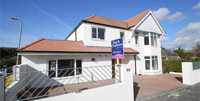 Guide Price £750,000, 5 Bedroom Detached House For Sale in Rottingdean, BN2