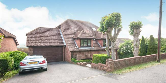 £750,000, 5 Bedroom Detached House For Sale in Brighton, BN2