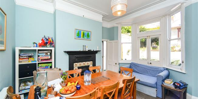 Guide Price £800,000, 5 Bedroom Terraced House For Sale in Brighton, BN1