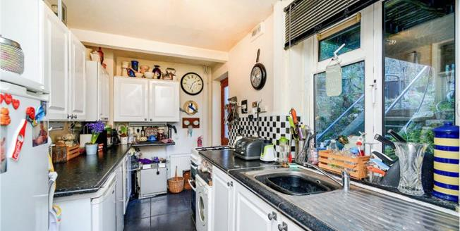 £340,000, 3 Bedroom Semi Detached House For Sale in Brighton, BN2