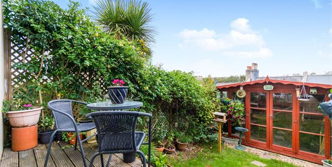 Guide Price £500,000, 3 Bedroom Terraced House For Sale in Brighton, BN1