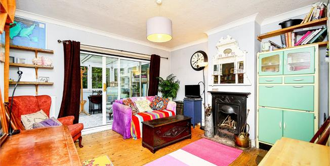 Asking Price £270,000, 2 Bedroom Semi Detached House For Sale in Brighton, BN2