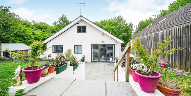 Guide Price £625,000, 4 Bedroom Detached Bungalow For Sale in Patcham, BN1