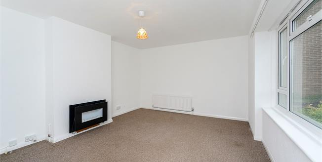 Offers Over £275,000, 2 Bedroom Flat For Sale in Brighton, BN1