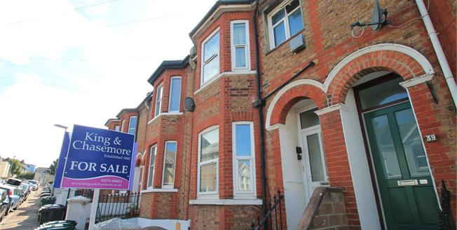 Offers Over £190,000, 1 Bedroom Flat For Sale in East Sussex, BN2