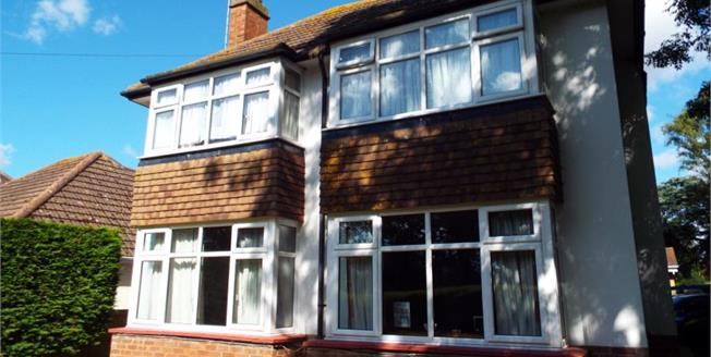 Offers Over £375,000, 4 Bedroom Detached House For Sale in Bognor Regis, PO21