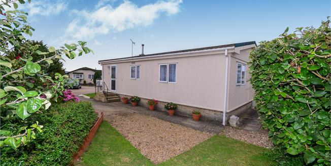 £145,000, 2 Bedroom Detached For Sale in Ford, BN18