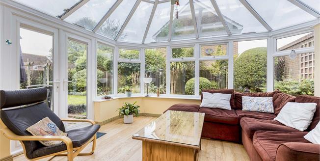£485,000, 4 Bedroom Detached House For Sale in Bognor Regis, PO21