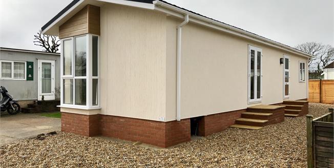 Asking Price £150,000, 2 Bedroom Detached Bungalow For Sale in Aldingbourne, PO20