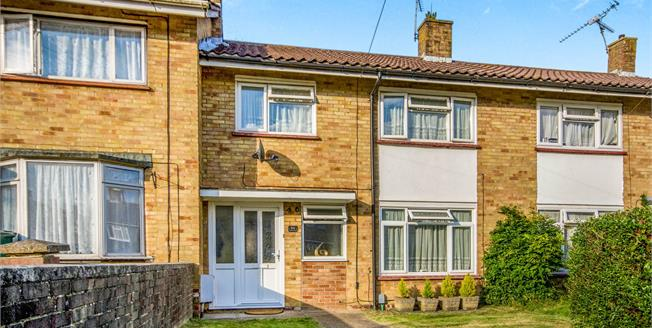 Offers Over £280,000, 3 Bedroom Terraced House For Sale in Crawley, RH10