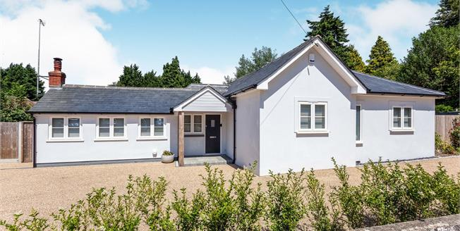 Guide Price £695,000, 3 Bedroom Detached Bungalow For Sale in Copthorne, RH10