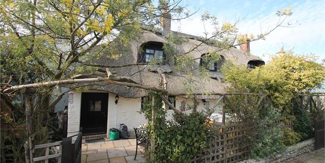 Asking Price £575,000, 3 Bedroom Detached Cottage For Sale in Bognor Regis, PO22