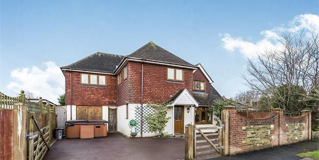 Asking Price £450,000, 3 Bedroom Detached House For Sale in Bognor Regis, PO22