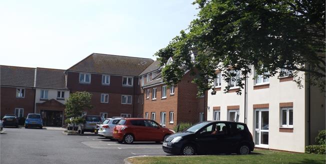 Asking Price £85,000, 1 Bedroom Flat For Sale in Bognor Regis, PO22