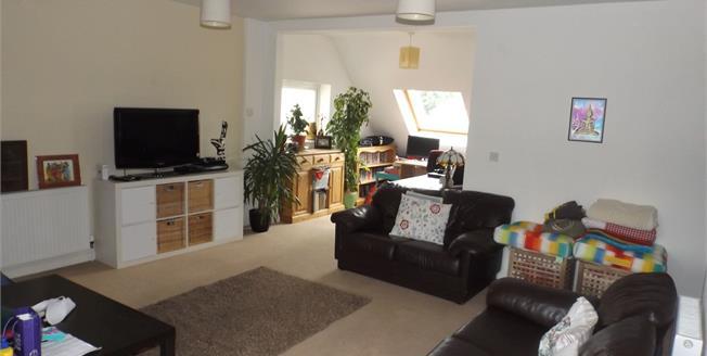 Asking Price £239,000, 2 Bedroom Maisonette For Sale in Bognor Regis, PO22