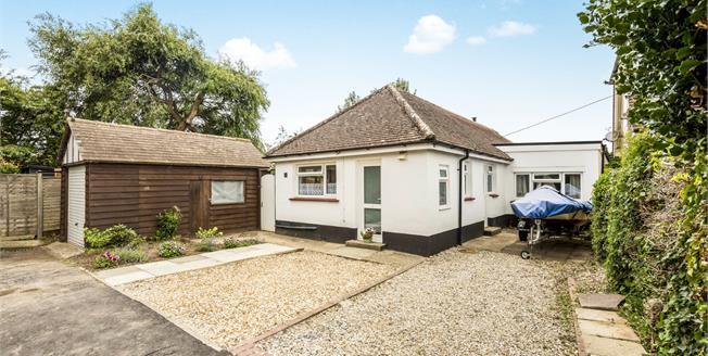 Offers in the region of £425,000, 2 Bedroom Detached Bungalow For Sale in Bognor Regis, PO22