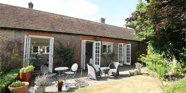 Asking Price £425,000, 2 Bedroom Semi Detached Cottage For Sale in Midhurst, GU29