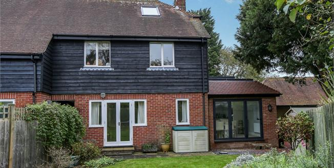 Asking Price £540,000, 3 Bedroom End of Terrace Cottage For Sale in Cocking, GU29