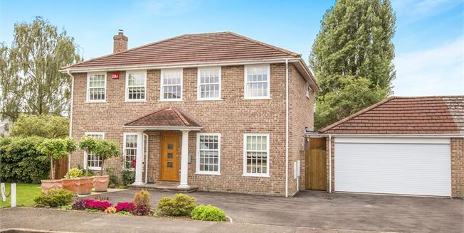 Offers in excess of £759,000, 3 Bedroom Detached House For Sale in Midhurst, GU29
