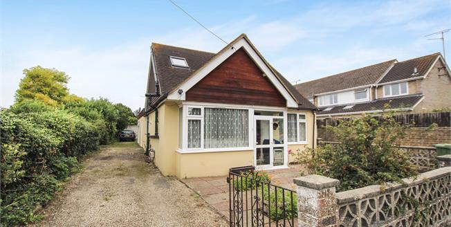 Asking Price £375,000, 4 Bedroom Detached Bungalow For Sale in Upper Beeding, BN44