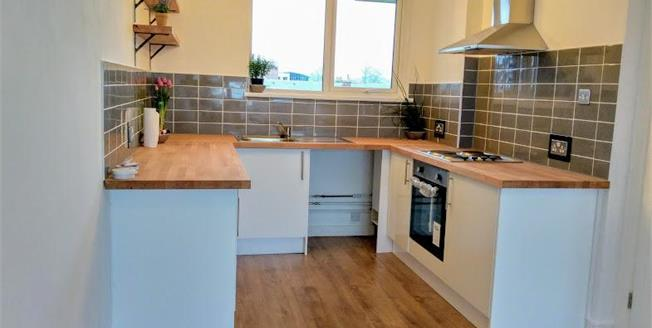 Offers Over £160,000, 1 Bedroom Flat For Sale in Worthing, BN11