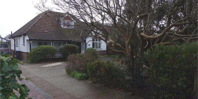 £540,000, 4 Bedroom Detached Bungalow For Sale in Goring-by-Sea, BN12