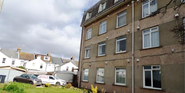 £135,000, 1 Bedroom Flat For Sale in Worthing, BN11