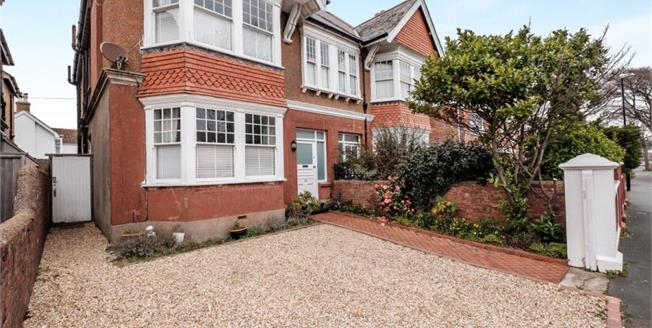 £575,000, 4 Bedroom Semi Detached House For Sale in Worthing, BN11