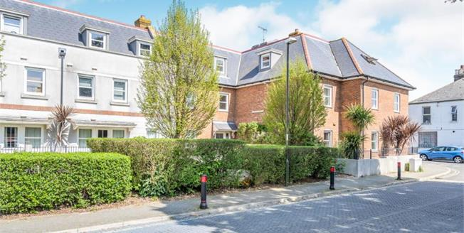 £170,000, 1 Bedroom Flat For Sale in Worthing, BN11