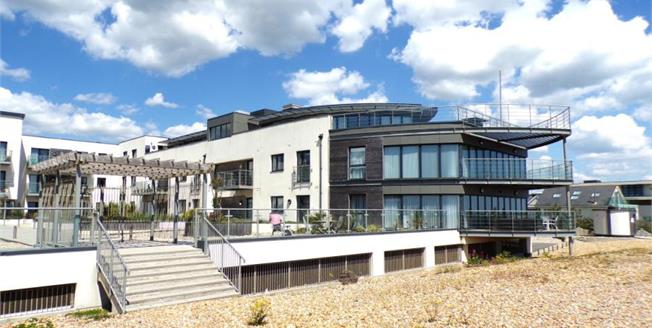 Asking Price £700,000, 2 Bedroom Flat For Sale in Goring-by-Sea, BN12