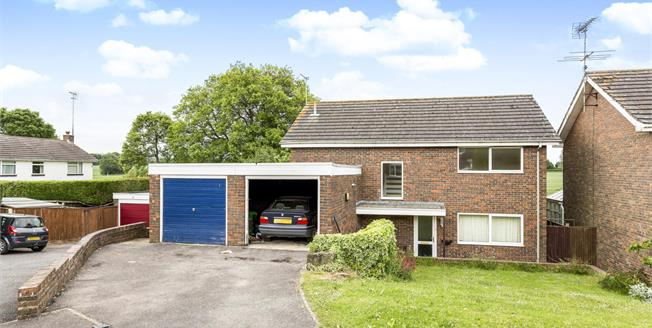 Offers in the region of £500,000, 4 Bedroom Detached House For Sale in Chichester, PO19