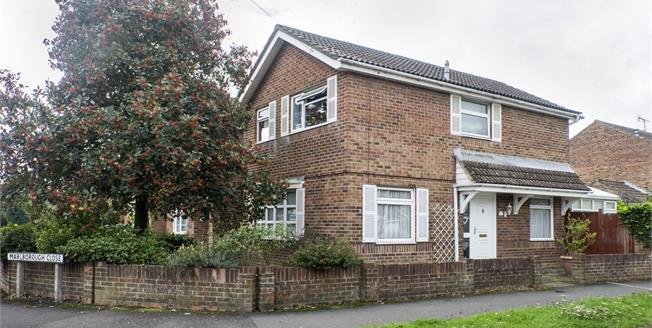 Asking Price £360,000, 3 Bedroom Link Detached House For Sale in Chichester, PO19