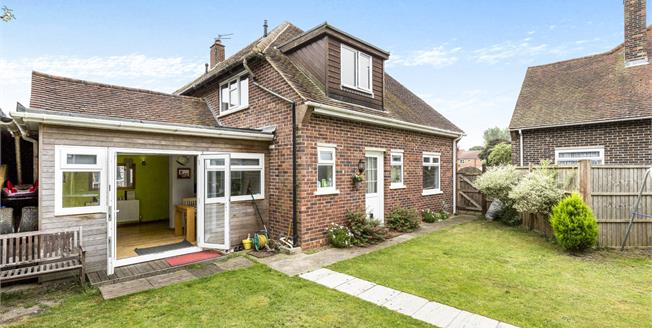 Fixed Price £280,000, 3 Bedroom End of Terrace House For Sale in North Mundham, PO20