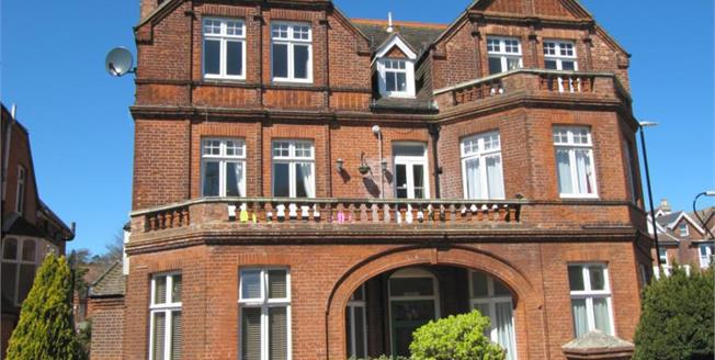 Guide Price £250,000, 2 Bedroom Ground Floor Flat For Sale in East Sussex, BN21