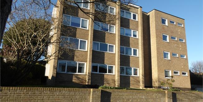 Asking Price £250,000, 3 Bedroom Flat For Sale in Eastbourne, BN20