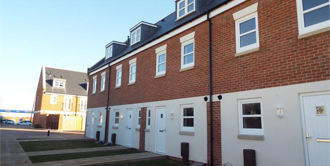 Asking Price £310,000, 4 Bedroom Terraced House For Sale in Bognor Regis, PO22