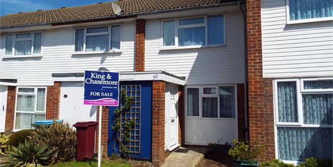 Guide Price £200,000, 2 Bedroom Terraced House For Sale in Bognor Regis, PO22
