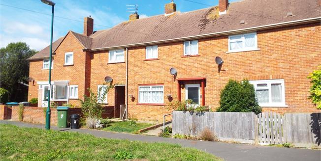 Asking Price £215,000, 4 Bedroom Terraced House For Sale in Bognor Regis, PO22