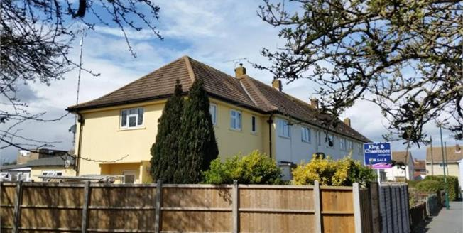 £295,000, 4 Bedroom End of Terrace House For Sale in Bognor Regis, PO22