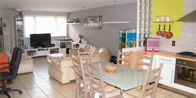 Asking Price £195,000, 3 Bedroom Terraced House For Sale in Bognor Regis, PO22