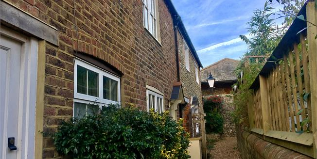 Asking Price £350,000, 2 Bedroom Terraced House For Sale in Arundel, BN18
