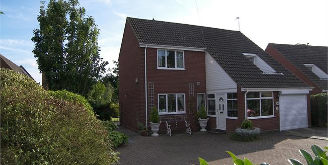 Offers in excess of £300,000, 3 Bedroom Detached House For Sale in Horning, NR12