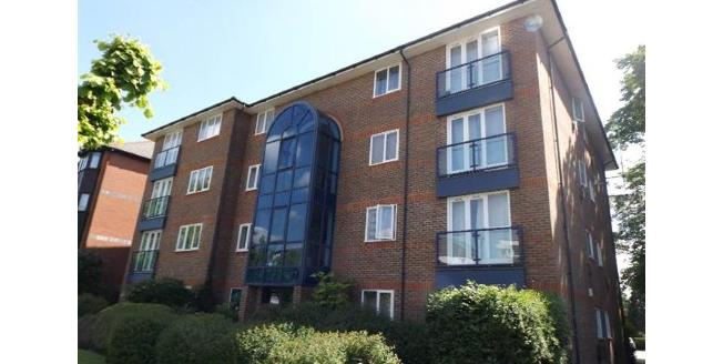 Asking Price £350,000, 2 Bedroom Flat For Sale in Croydon, CR0